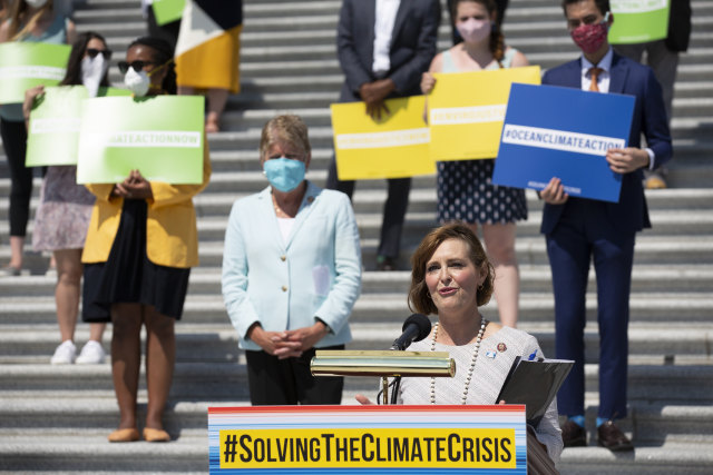 WASHINGTON, DC - JUNE 30: Select Committee on the Climate Crisis Chairwoman Kathy Castor (D-FL) delivers remarks during a news conference outside the U.S. Capitol on June 30, 2020 in Washington, DC. Speaker of the House Nancy Pelosi (D-CA) joined her colleagues to unveil the Climate Crisis action plan, which calls for government mandates, tax incentives and new infrastructure to bring the U.S. economy's greenhouse gas emissions to zero by 2050. (Photo by Stefani Reynolds/Getty Images)
