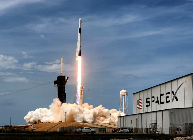 On May 30, 2020, the SpaceX Falcon 9 Crew Dragon capsule lifts off from Kennedy Space Center, Fla. On Saturday, June 13, 2020, SpaceX launched yet another batch of Starlink satellites, continuing the companys mission to build a constellation of satellites that can deliver high-speed internet to the entire planet. (Joe Burbank/Orlando Sentinel/Tribune News Service via Getty Images)