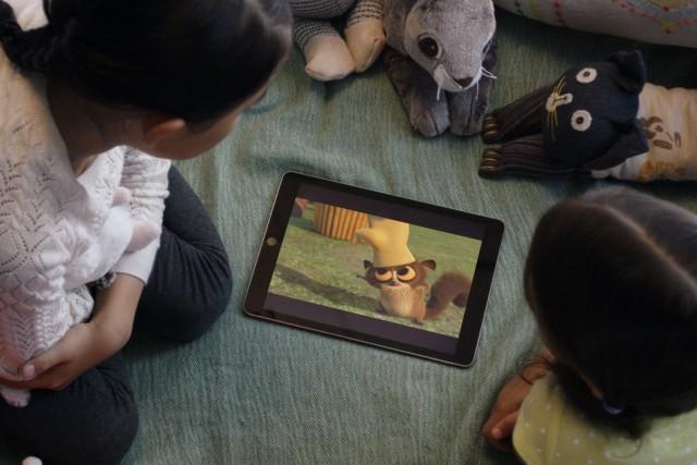 Kids watching Netflix on an iPad