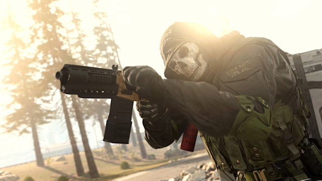 Wearing a skull mask in 'Call of Duty: Warzone'