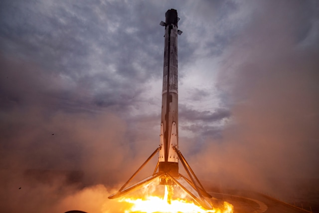 SpaceX Falcon 9 first stage lands after Crew Dragon Demo-2 mission