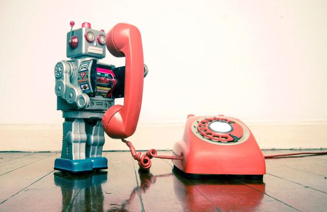 robot on telephone