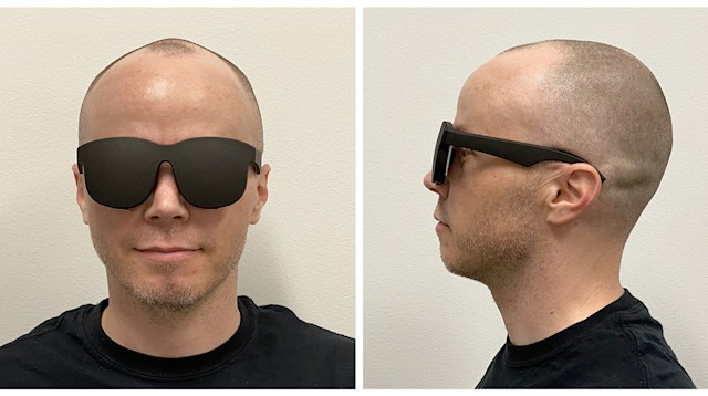 Facebook holographic VR glasses prototype