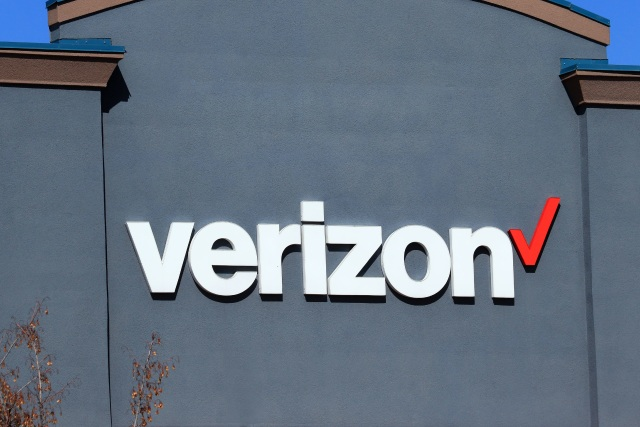 Close up of Verizon business logo on outside wall, northern Idaho. (Photo by: Don & Melinda Crawford/Education Images/Universal Images Group via Getty Images)
