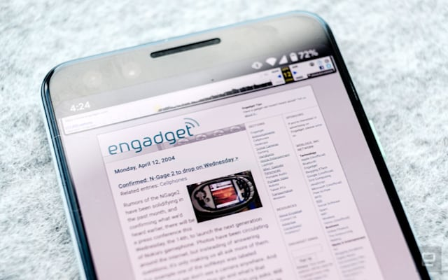 A view of the Engadget homepage from 2004, as seen on a phone.