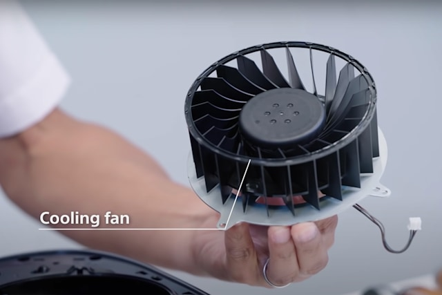 PS5 fan