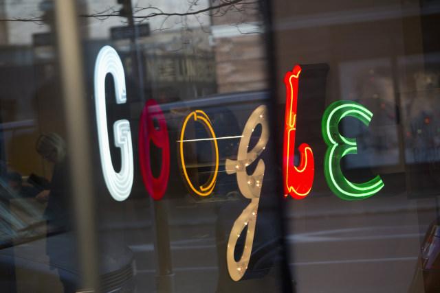 Google is reportedly testing dark mode for desktop web ...