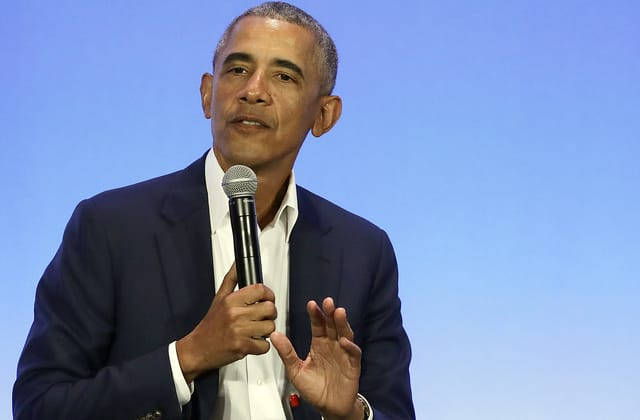 Obama delivers unusual warning to Dems for 2020