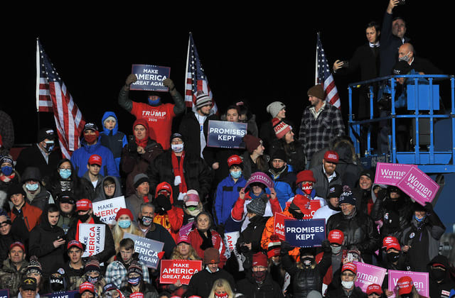 Hundreds of Trump supporters stuck in cold