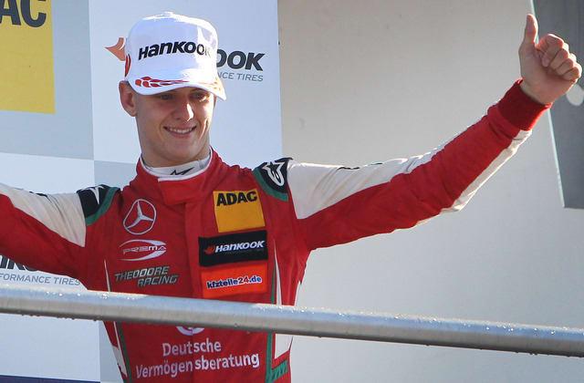 Schumacher startet bei Formel 1