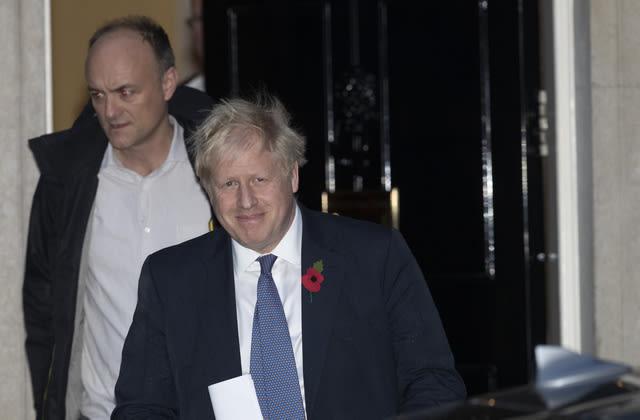PM faces calls to sack 'misfit' adviser