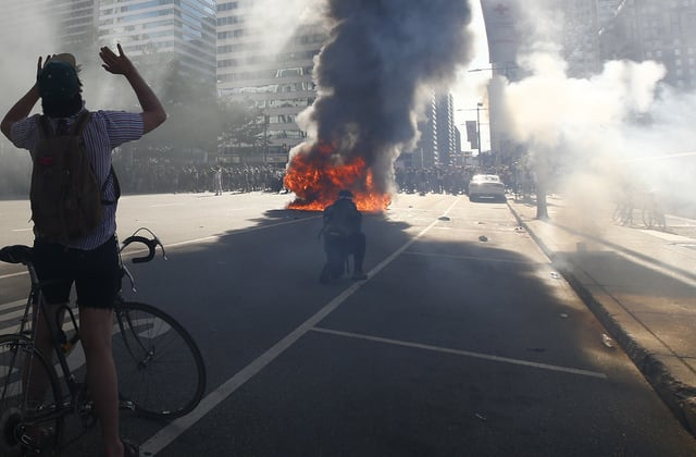 Philadelphia protest goes from peaceful to violent