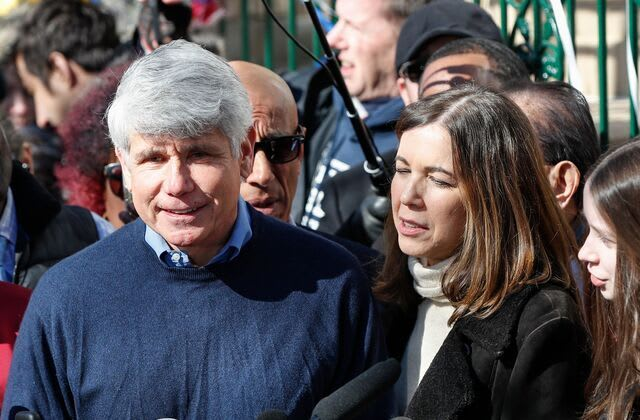 Defiant Blagojevich slams 'persecution' in press conference