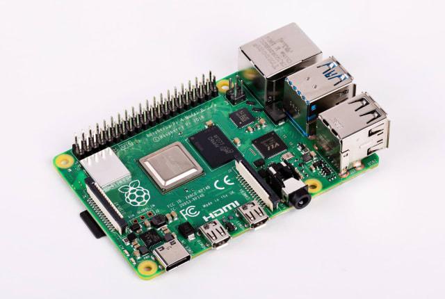 4K動画対応のRaspberry Pi 4発売。4コア1.5GHzプロセッサ搭載、USB 3.0、RAM1GB~4GB