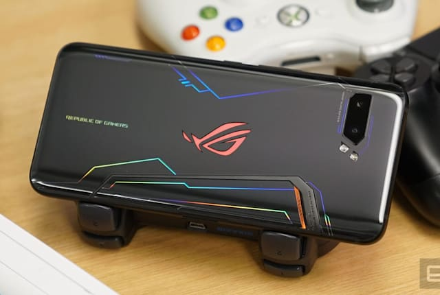 华硕 ROG Phone II 完整评测:成也配套、败也配套