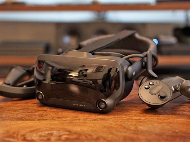 Valve Index hands-on: Impressive, expensive, inconvenient VR