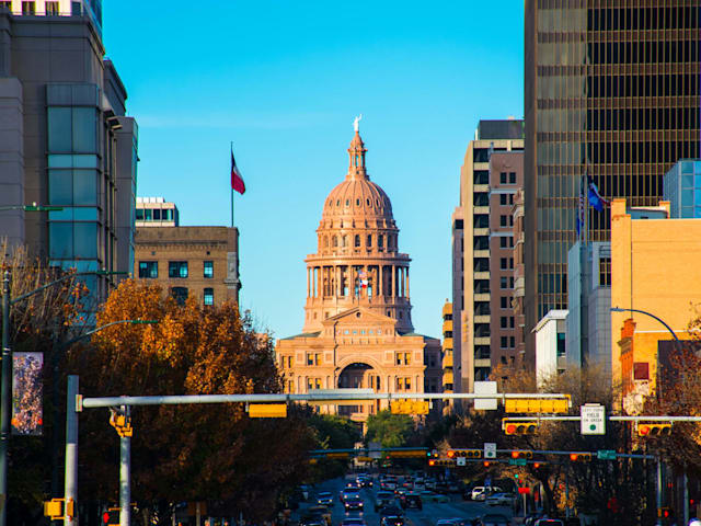 AT&T\'s faux 5G network launches in Austin