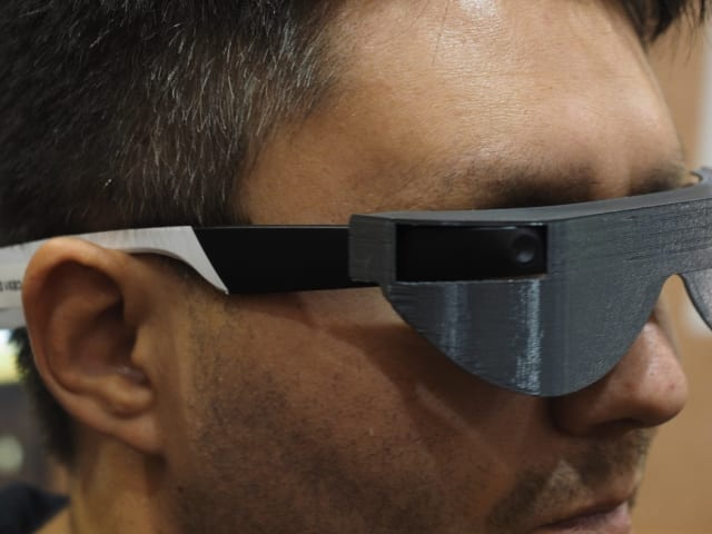 34305811f40b Aira uses smart glasses to help blind people navigate the world