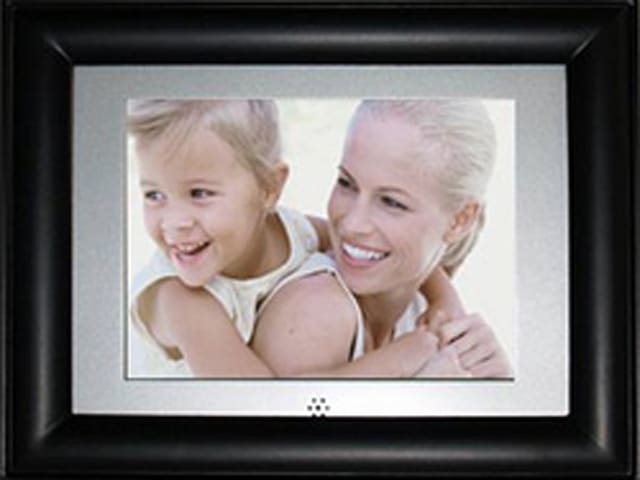 Pandigital Busts Out Four Video Playing Digital Photo Frames