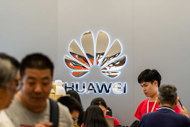 SHENZHEN, GUANGDONG, CHINA - 2019/10/06: Customers at a Chinese multinational technology company, Huawei store in Shenzhen. (Photo by Alex Tai/SOPA Images/LightRocket via Getty Images)