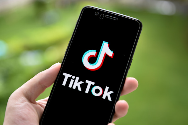 CHINA - 2020/09/20: In this photo illustration a TikTok logo is seen displayed on a smartphone. (Photo Illustration by SheldonCooper/SOPA Images/LightRocket via Getty Images)