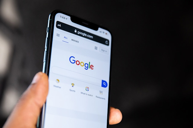 Google search on an iPhone