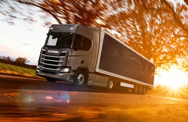 Semi-truck covered in solar panels could use up to 20 percent less fuel
