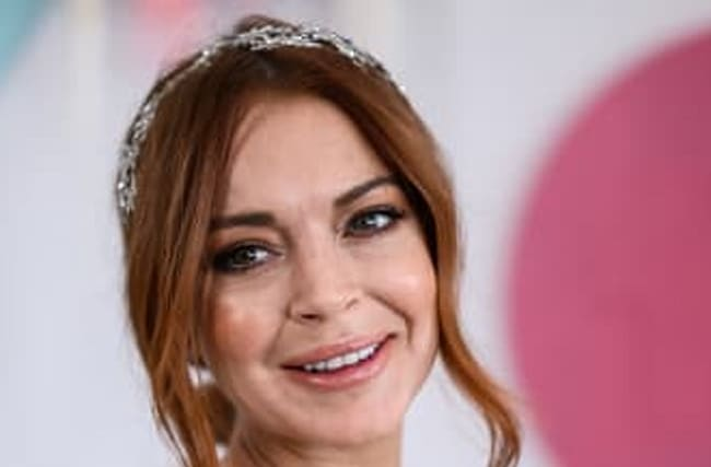 Lindsay Lohan Says She's Returning To The U.S. For A Comeback