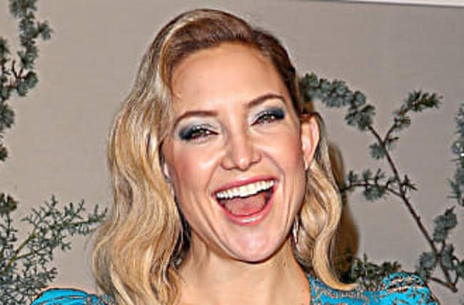 Kate Hudson Raises The Bar With Priceless Family Christmas Photo