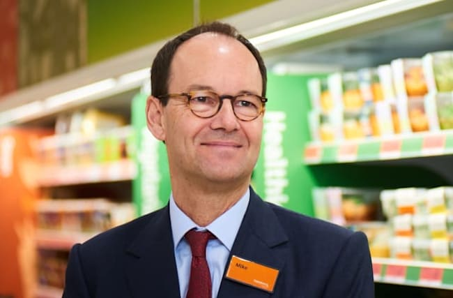 Sainsbury's boss quits after six years as replacement named