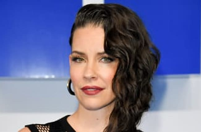 Evangeline Lilly Apologizes For Dismissing COVID-19 Warnings