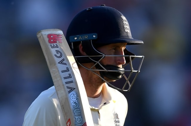 Joe Root digs deep to keep the Ashes dream alive