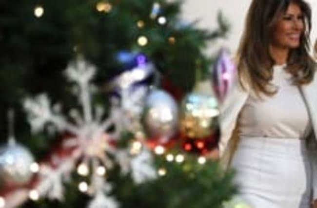 Melania Trump: Ihre Weihnachts-Deko sorgt im Netz für Gruseln