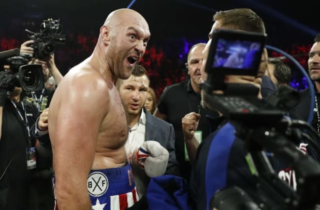 Fury impressively stops Schwarz in second round