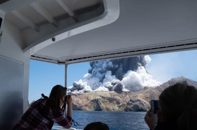Death toll rises to eight after eruption on White Island