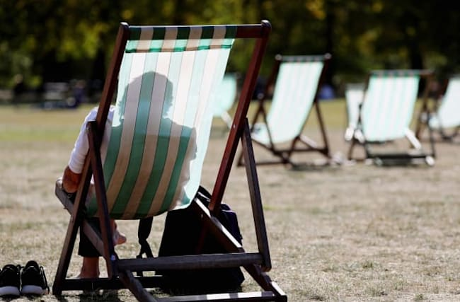 Summer set for last hurrah as Britons to bask in 26C heat