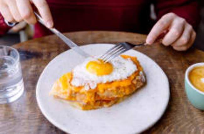 Unser Frühstücksei: Studie räumt mit altem Irrglauben auf