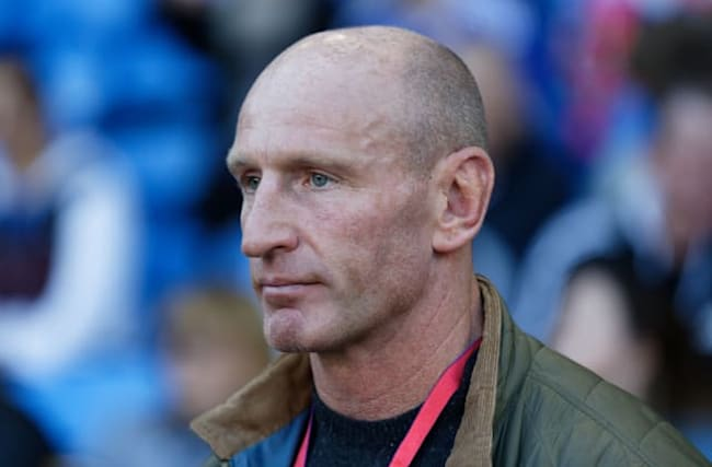 Gareth Thomas receives strong support after  HIV revelation