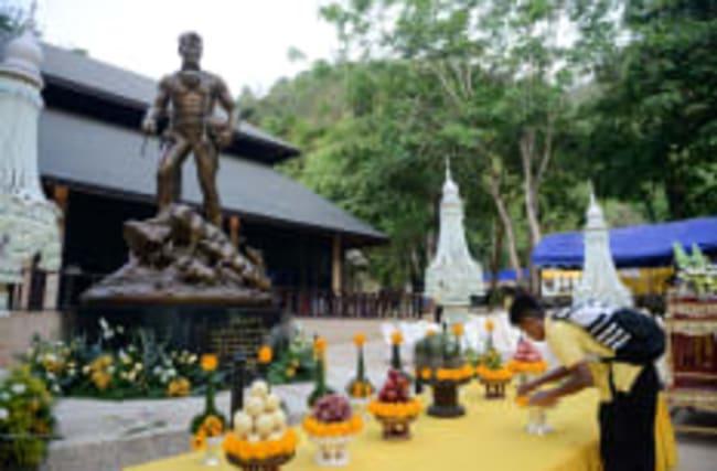 Unglückshöhle in Thailand ist jetzt eine Touristen-Attraktion