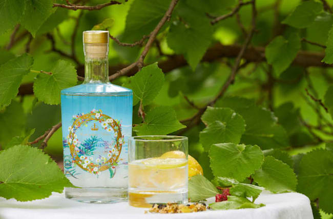 Official Buckingham Palace gin goes on sale