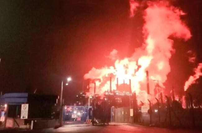 Chemical plant workers walk out after 'intense flaring'