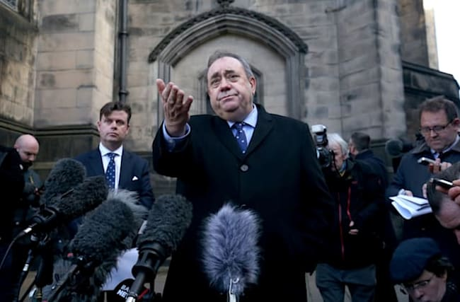 Swinney wants 'practical way' for MSPs to see legal advice on Salmond case