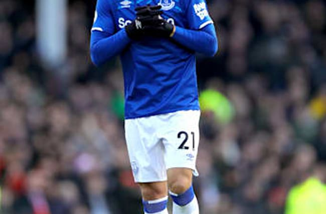 Andre Gomes eager for action but urges Everton fans to stick to distancing rules