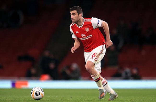 Papastathopoulos calls on Arsenal to kick-start their Premier League campaign