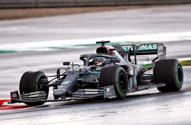 Mercedes to keep black livery for 2021 season