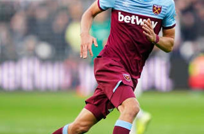 David Moyes hails work rate of West Ham newcomer Tomas Soucek