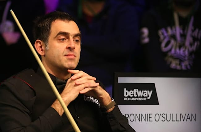 Ronnie O'Sullivan eases past Martin Gould to book last-16 spot in Glasgow