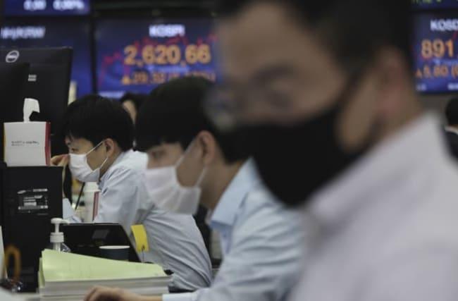 Global markets bounce higher as economists predict vaccine reprieve