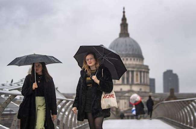 Londoners could be experiencing wettest month on record – Met Office