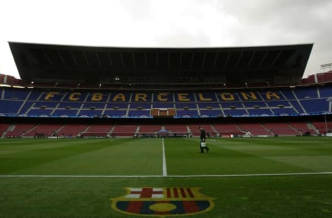 Barcelona deny hiring company to post negative messages on social media